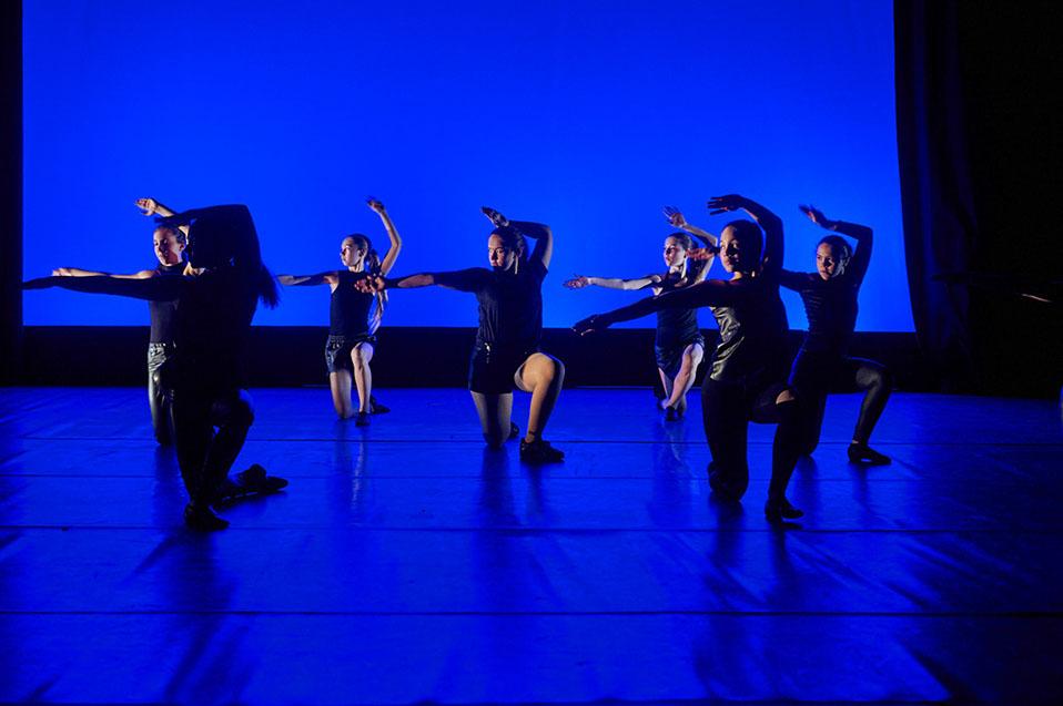 Performing ensembles 40
