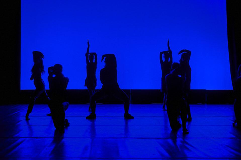 Performing ensembles 41